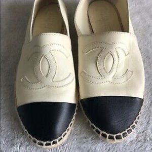Authentic Chanel Flats. Worn hand full of times
